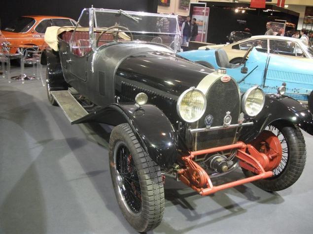 7 Bugatti (2)