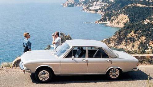Audi 100 1968 (2)