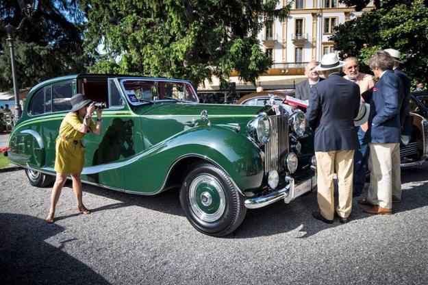 Ion Tiriac & Rolls-Royce Phantom IV Sedanca de Ville Hooper - 1952 (2)