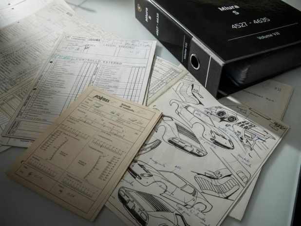 Documentatie Lamborghini Miura S