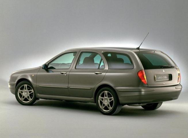 Lancia Lybra Station Wagon