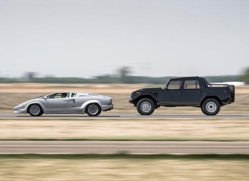 Lamborghini LM002 & Countach (2)