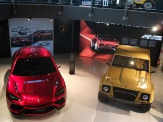 Lamborhini LM002 & Lamborghini Urus Prototip in muzeul Lamborghini