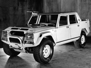 Prototip Lamborghini LM002 - 1982