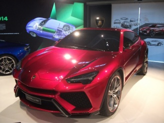 Prototip Lamborghini Urus 2012 expus expus in muzeul Lamborghini
