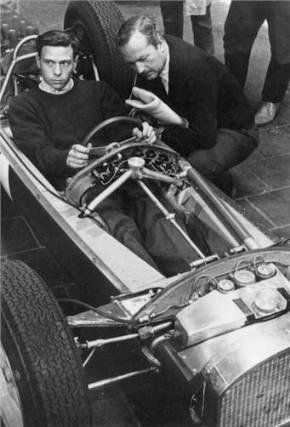 Jim Clark cu Colin Chapman in 1960