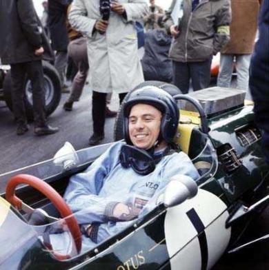 Jim Clark la Silverstone in 1966