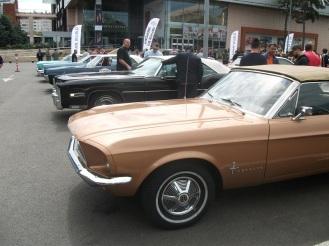 Ford Mustang Cabrio V8 & Cadillac Eldorado