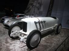 Blitzen Benz la standul Mercedes la Salonul Retro Classics Stuttgart 2019