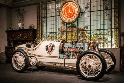 Blitzer Benz cu care au fost stabilite recordurile de viteză
