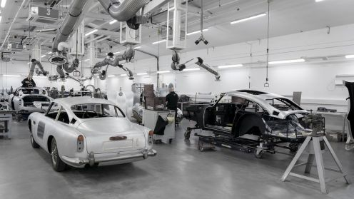Fabrica Aston Martin din Newport Pagnell