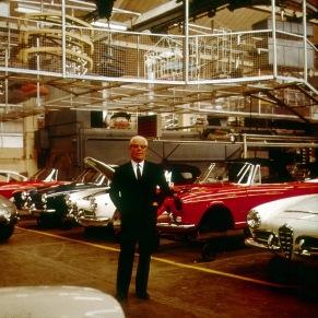 Battista Pininfarina la fabrica Pininfarina din Grugliasco